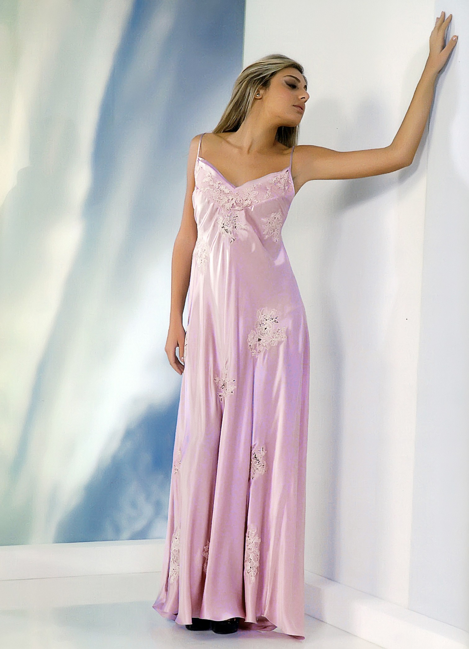 Calliope woman nightgown in silk satin
