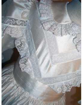Girl First Communion gown Veronica, bodice laces detail
