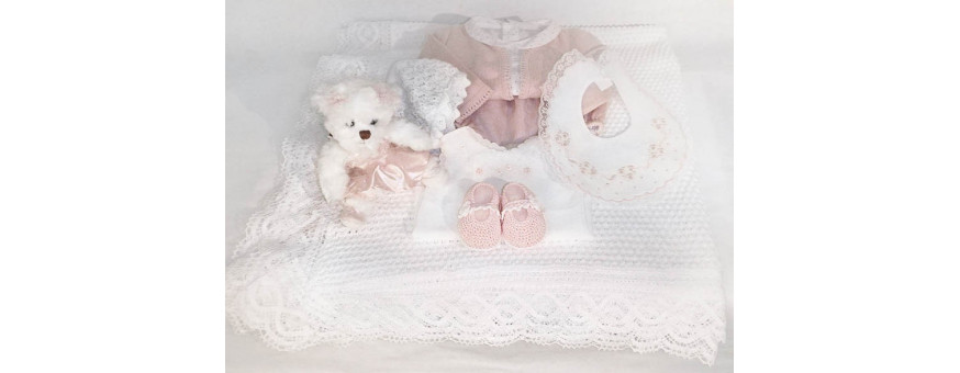 Newborns and infants layette